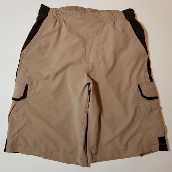 a3dbe62b67d Nike cargo shorts NWT